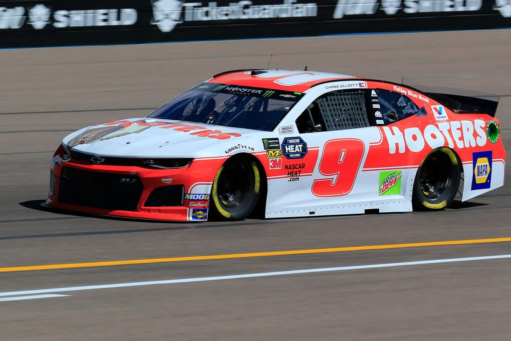 AVONDALE, AZ - MARCH 08: Chase Elliott, driver of the #9 Hooters Chevrolet, practices for the Monster Energy NASCAR Cup Series TicketGuardian 500 at ISM Raceway on March 8, 2019 in Avondale, Arizona. (Photo by Daniel Shirey/Getty Images) | Getty Images
