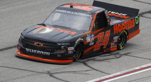 HAMPTON, GEORGIA - JUNE 06: Chase Elliott, driver of the #24 Hooters Chevrolet, races during the NASCAR Gander Outdoors Truck Series Vet Tix Camping World 200 at Atlanta Motor Speedway on June 06, 2020 in Hampton, Georgia. (Photo by Chris Graythen/Getty Images) | Getty Images