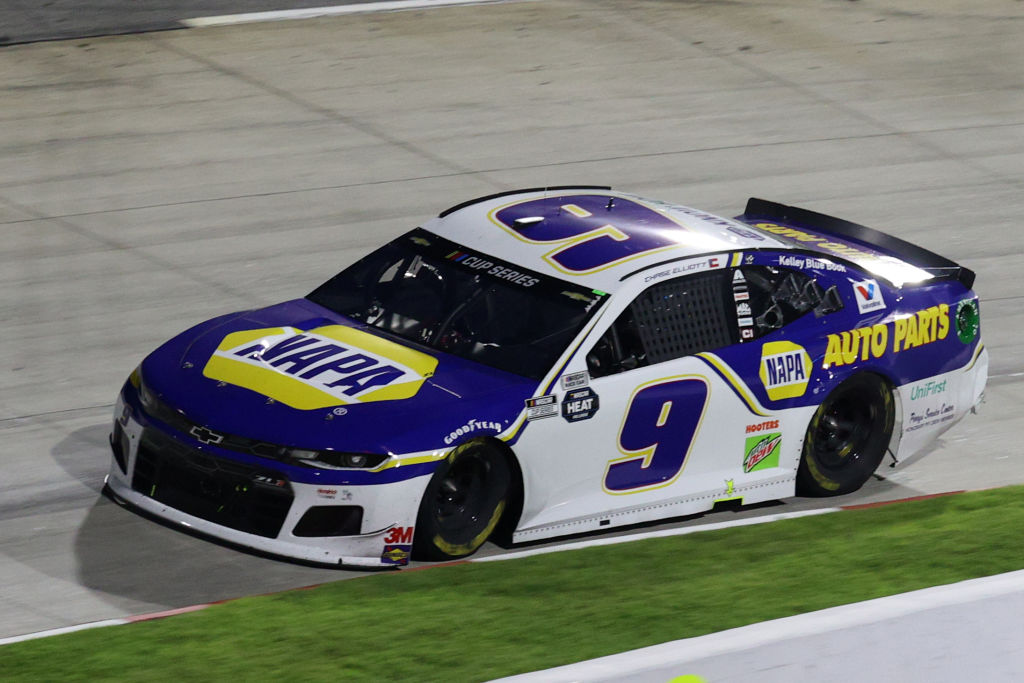MARTINSVILLE, VIRGINIA - JUNE 10: Chase Elliott, driver of the #9 NAPA Auto Parts Chevrolet, drives during the NASCAR Cup Series Blue-Emu Maximum Pain Relief 500 at Martinsville Speedway on June 10, 2020 in Martinsville, Virginia. (Photo by Rob Carr/Getty Images) | Getty Images