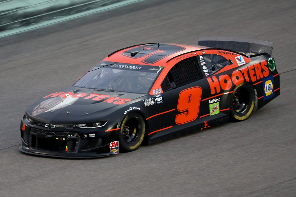 HOMESTEAD, FLORIDA - JUNE 14: Chase Elliott, driver of the #9 Hooters Chevrolet, races during the NASCAR Cup Series Dixie Vodka 400 at Homestead-Miami Speedway on June 14, 2020 in Homestead, Florida. (Photo by Chris Graythen/Getty Images) | Getty Images