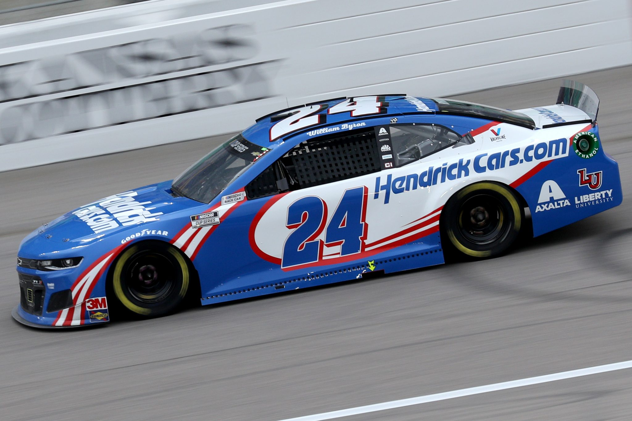 KANSAS CITY, KANSAS - OCTOBER 18: William Byron, driver of the #24 Hendrickcars.com Chevrolet, drives during the NASCAR Cup Series Hollywood Casino 400 at Kansas Speedway on October 18, 2020 in Kansas City, Kansas. (Photo by Chris Graythen/Getty Images) | Getty Images