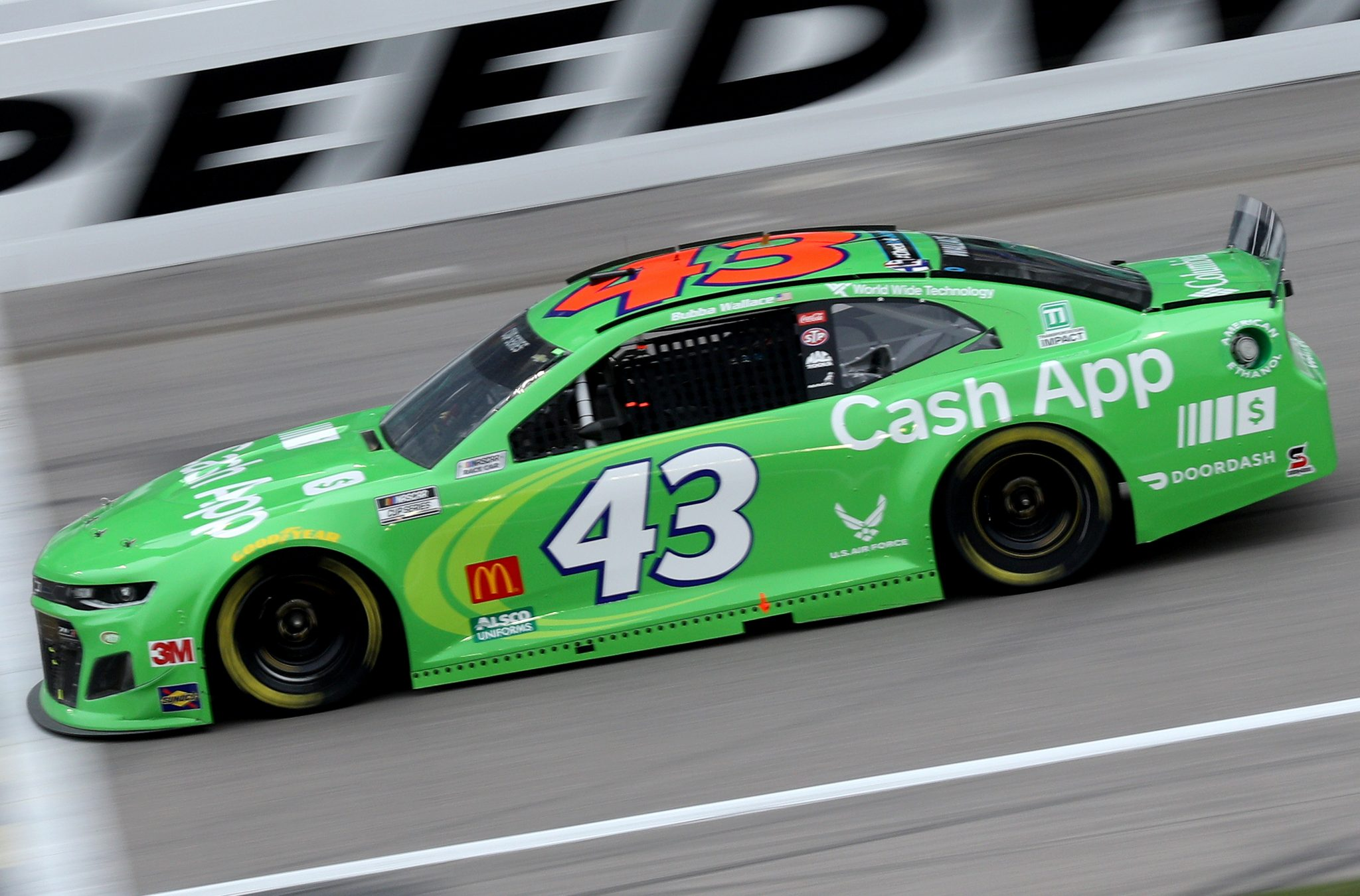 KANSAS CITY, KANSAS - OCTOBER 18: Bubba Wallace, driver of the #43 Cash App Chevrolet, drives during the NASCAR Cup Series Hollywood Casino 400 at Kansas Speedway on October 18, 2020 in Kansas City, Kansas. (Photo by Chris Graythen/Getty Images) | Getty Images