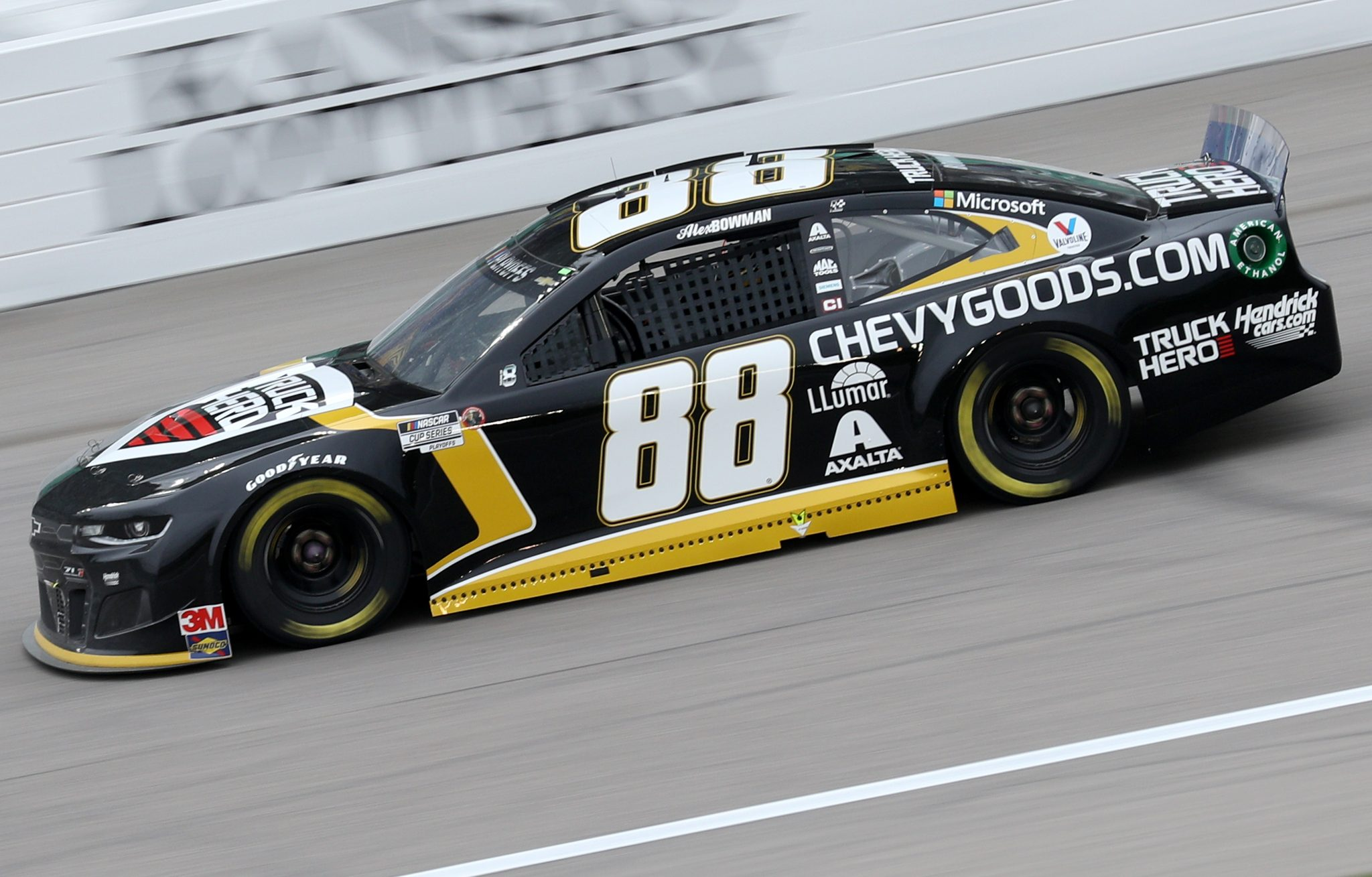 KANSAS CITY, KANSAS - OCTOBER 18: Alex Bowman, driver of the #88 ChevyGoods.com/Truck Hero Chevrolet, drives during the NASCAR Cup Series Hollywood Casino 400 at Kansas Speedway on October 18, 2020 in Kansas City, Kansas. (Photo by Chris Graythen/Getty Images) | Getty Images