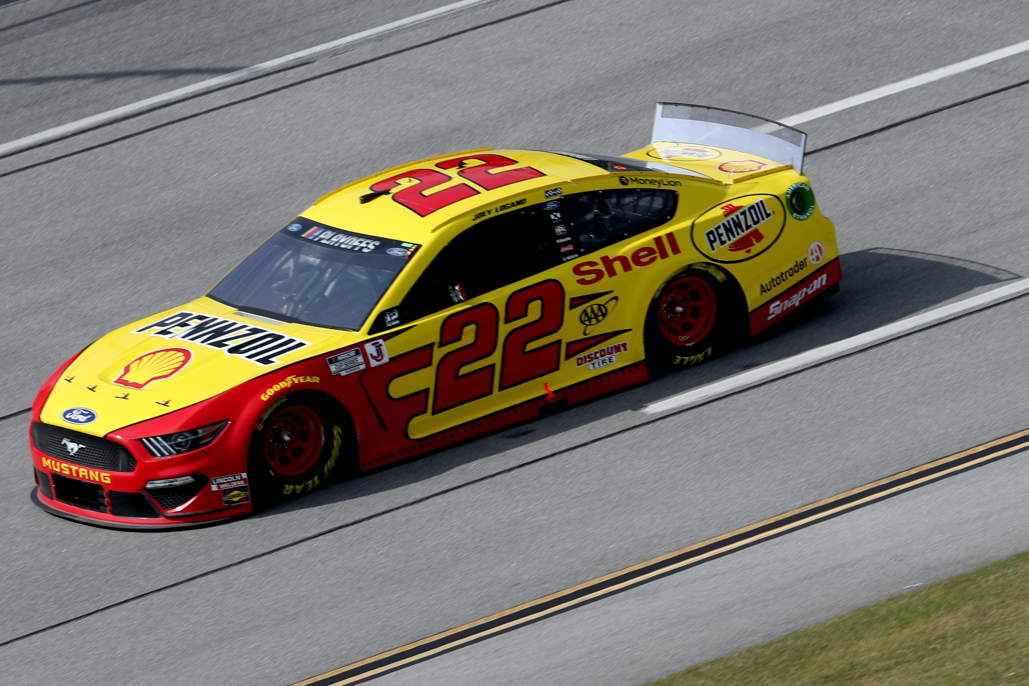TALLADEGA, ALABAMA - OCTOBER 04: Joey Logano, driver of the #22 Shell Pennzoil Ford, drives during the NASCAR Cup Series YellaWood 500 at Talladega Superspeedway on October 04, 2020 in Talladega, Alabama. (Photo by Chris Graythen/Getty Images) | Getty Images