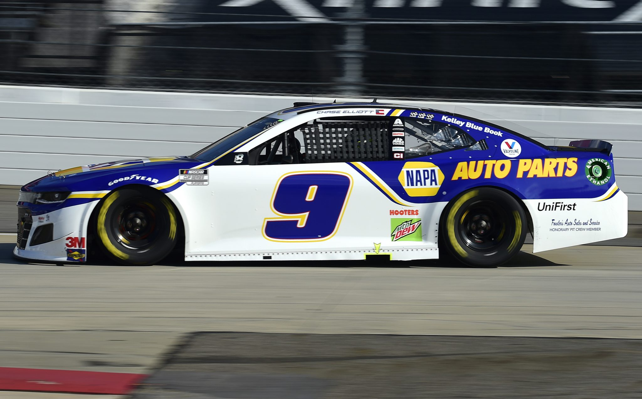 MARTINSVILLE, VIRGINIA - NOVEMBER 01: Chase Elliott, driver of the #9 NAPA Auto Parts Chevrolet, drives during the NASCAR Cup Series Xfinity 500 at Martinsville Speedway on November 01, 2020 in Martinsville, Virginia. (Photo by Jared C. Tilton/Getty Images) | Getty Images