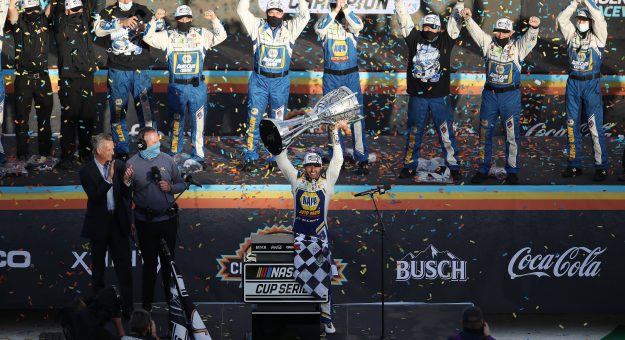 AVONDALE, ARIZONA - NOVEMBER 08: Chase Elliott, driver of the #9 NAPA Auto Parts Chevrolet, and crew celebrate in victory lane after winning the NASCAR Cup Series Season Finale 500 and the 2020 NASCAR Cup Series Championship at Phoenix Raceway on November 08, 2020 in Avondale, Arizona. (Photo by Christian Petersen/Getty Images) | Getty Images