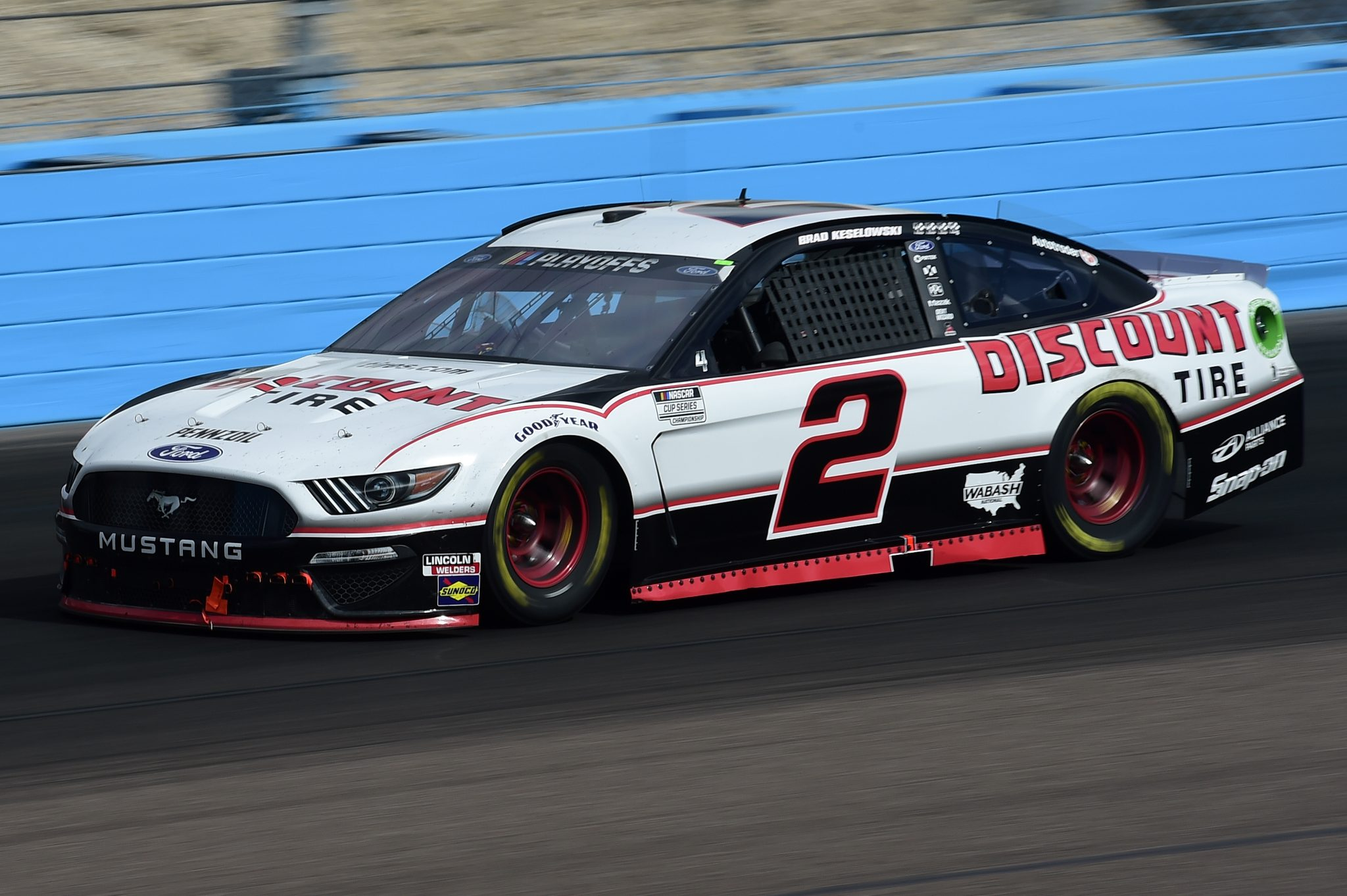 AVONDALE, ARIZONA - NOVEMBER 08: Brad Keselowski, driver of the #2 Discount Tire Ford, drives during the NASCAR Cup Series Season Finale 500 at Phoenix Raceway on November 08, 2020 in Avondale, Arizona. (Photo by Jared C. Tilton/Getty Images) | Getty Images