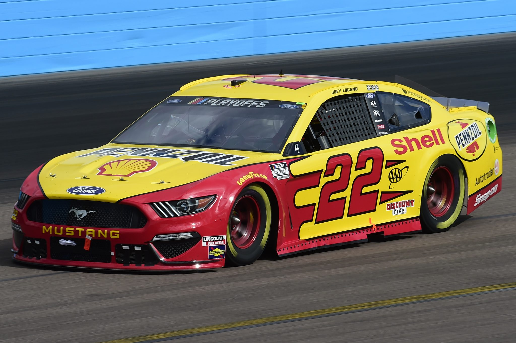 AVONDALE, ARIZONA - NOVEMBER 08: Joey Logano, driver of the #22 Shell Pennzoil Ford, drives during the NASCAR Cup Series Season Finale 500 at Phoenix Raceway on November 08, 2020 in Avondale, Arizona. (Photo by Jared C. Tilton/Getty Images) | Getty Images