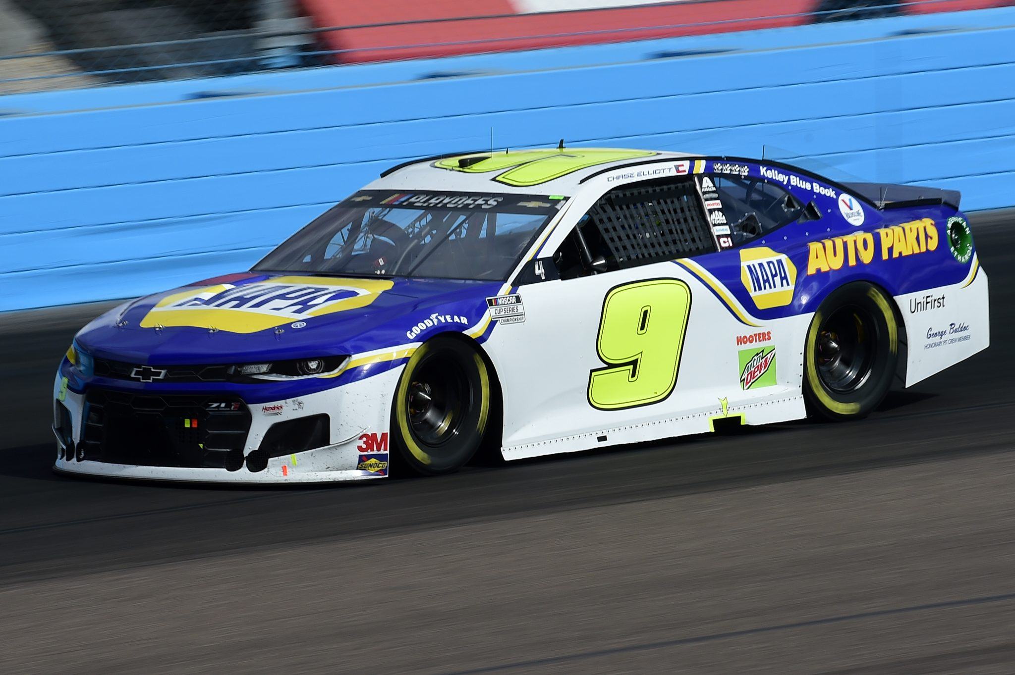 AVONDALE, ARIZONA - NOVEMBER 08: Chase Elliott, driver of the #9 NAPA Auto Parts Chevrolet, drives during the NASCAR Cup Series Season Finale 500 at Phoenix Raceway on November 08, 2020 in Avondale, Arizona. (Photo by Jared C. Tilton/Getty Images) | Getty Images