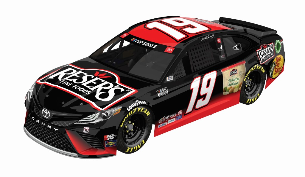 Resers 2021 Camry F 3 4