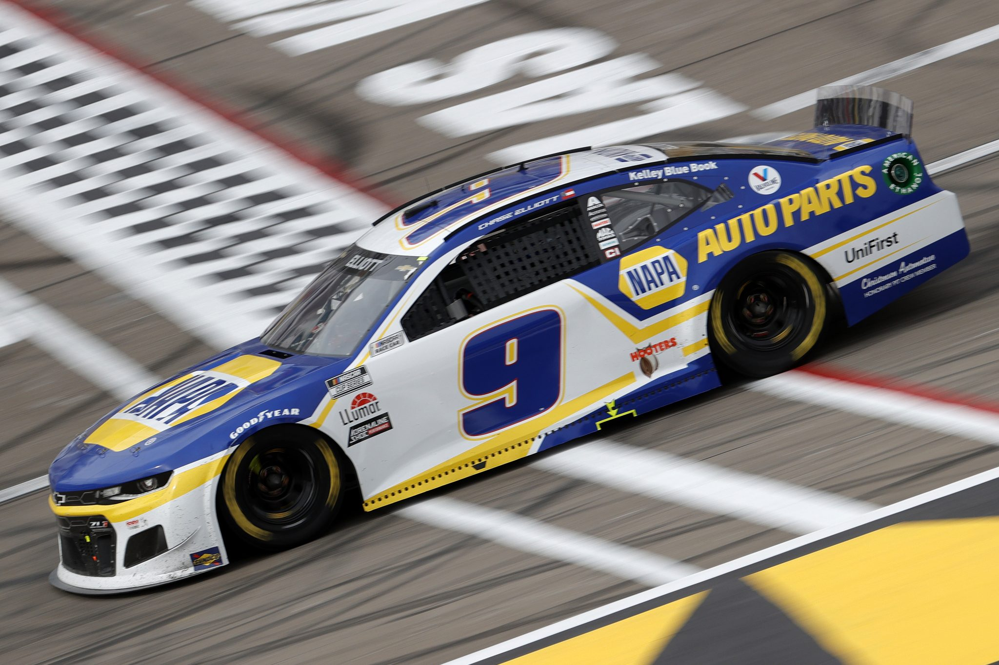 LAS VEGAS, NEVADA - MARCH 07: Chase Elliott, driver of the #9 NAPA Auto Parts Chevrolet, drives during the NASCAR Cup Series Pennzoil 400 presented by Jiffy Lube at the Las Vegas Motor Speedway on March 07, 2021 in Las Vegas, Nevada. (Photo by Chris Graythen/Getty Images) | Getty Images