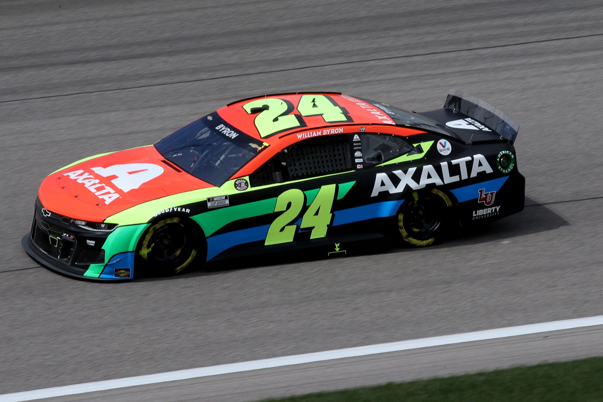 KANSAS CITY, KANSAS - MAY 02: William Byron, driver of the #24 Axalta Chevrolet, drives during the NASCAR Cup Series Buschy McBusch Race 400 at Kansas Speedway on May 02, 2021 in Kansas City, Kansas. (Photo by Sean Gardner/Getty Images) | Getty Images