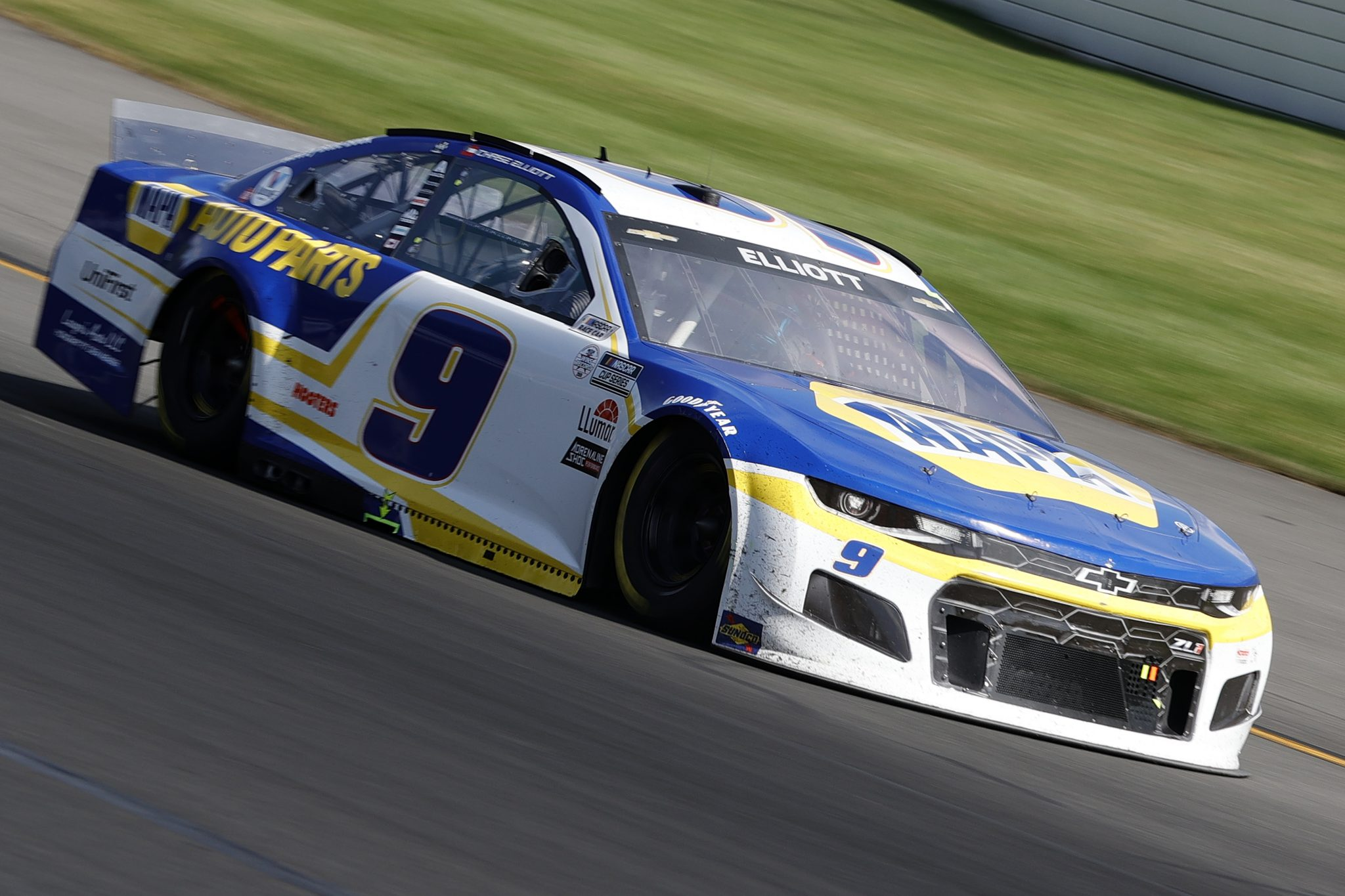 LONG POND, PENNSYLVANIA - JUNE 27: Chase Elliott, driver of the #9 NAPA Auto Parts Chevrolet, drives during the NASCAR Cup Series Explore the Pocono Mountains 350 at Pocono Raceway on June 27, 2021 in Long Pond, Pennsylvania. (Photo by Tim Nwachukwu/Getty Images) | Getty Images