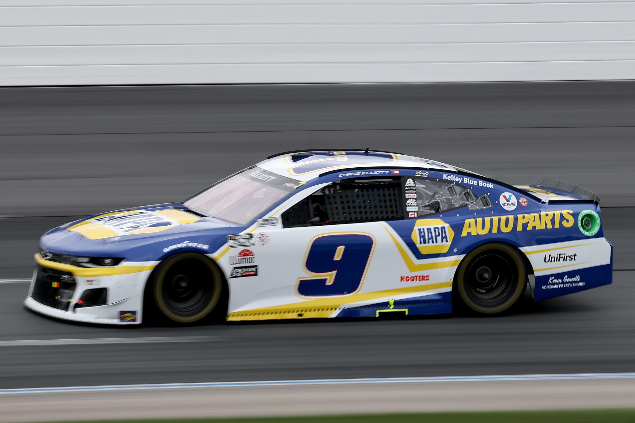 LOUDON, NEW HAMPSHIRE - JULY 18: Chase Elliott, driver of the #9 NAPA Auto Parts Chevrolet, drives during the NASCAR Cup Series Foxwoods Resort Casino 301 at New Hampshire Motor Speedway on July 18, 2021 in Loudon, New Hampshire. (Photo by James Gilbert/Getty Images)   Getty Images