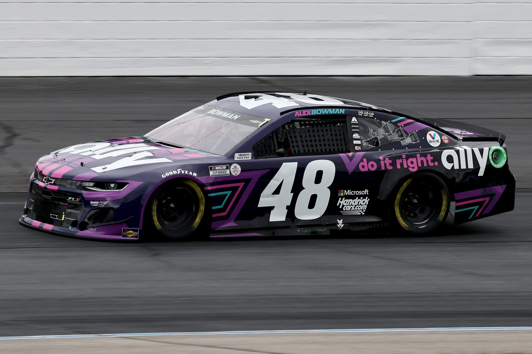 LOUDON, NEW HAMPSHIRE - JULY 18: Alex Bowman, driver of the #48 Ally Chevrolet, drives during the NASCAR Cup Series Foxwoods Resort Casino 301 at New Hampshire Motor Speedway on July 18, 2021 in Loudon, New Hampshire. (Photo by James Gilbert/Getty Images) | Getty Images