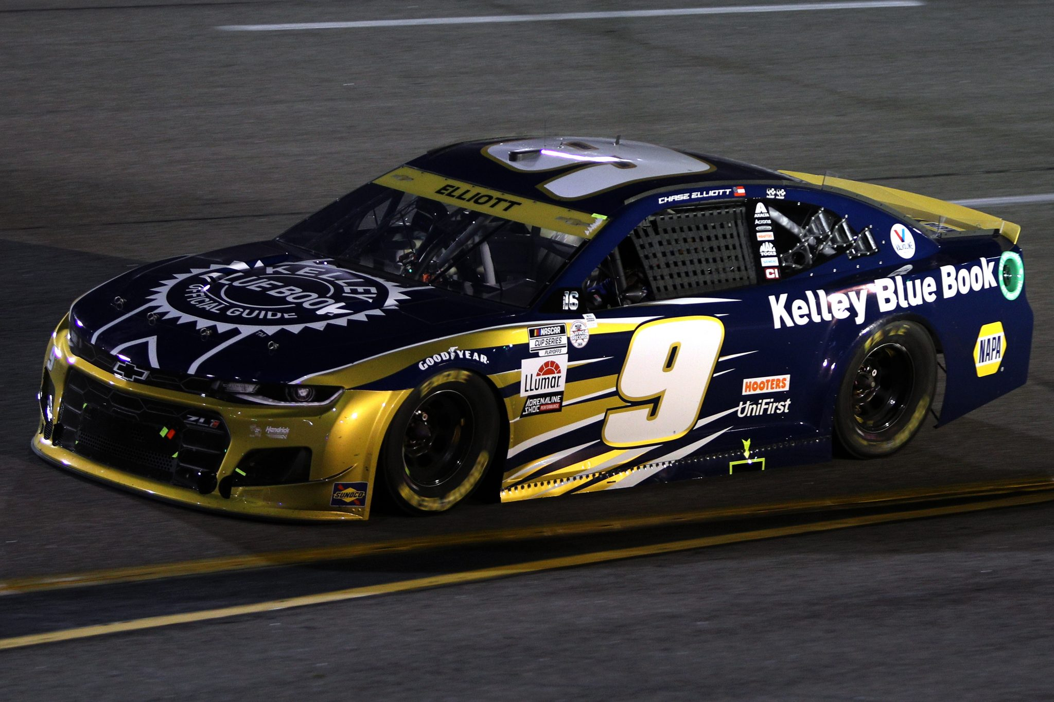 RICHMOND, VIRGINIA - SEPTEMBER 11: Chase Elliott, driver of the #9 Kelley Blue Book Chevrolet, drives during the NASCAR Cup Series Federated Auto Parts 400 Salute to First Responders at Richmond Raceway on September 11, 2021 in Richmond, Virginia. (Photo by Sean Gardner/Getty Images)   Getty Images