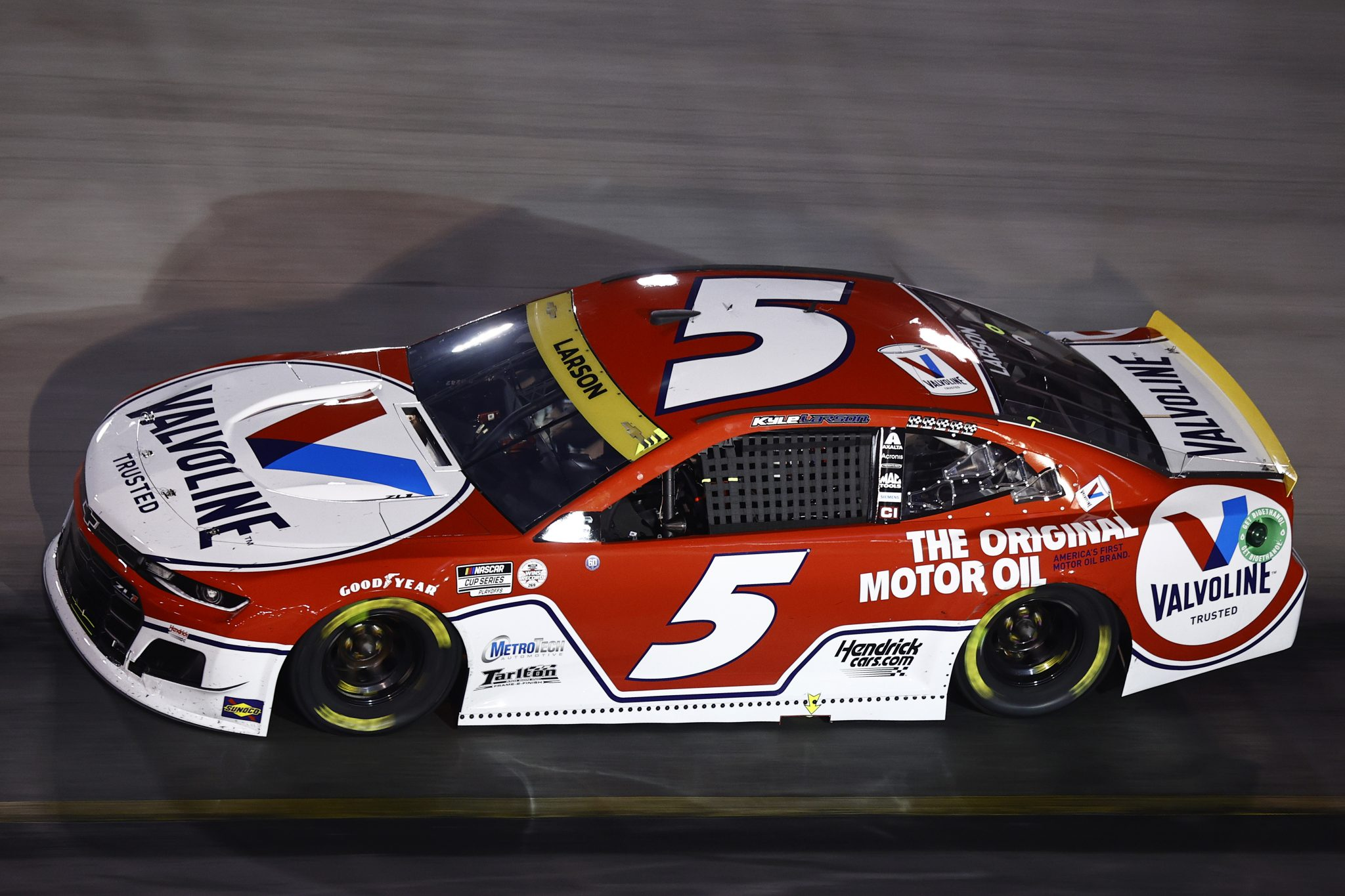 BRISTOL, TENNESSEE - SEPTEMBER 18: Kyle Larson, driver of the #5 Valvoline Chevrolet, drives during the NASCAR Cup Series Bass Pro Shops Night Race at Bristol Motor Speedway on September 18, 2021 in Bristol, Tennessee. (Photo by Jared C. Tilton/Getty Images) | Getty Images