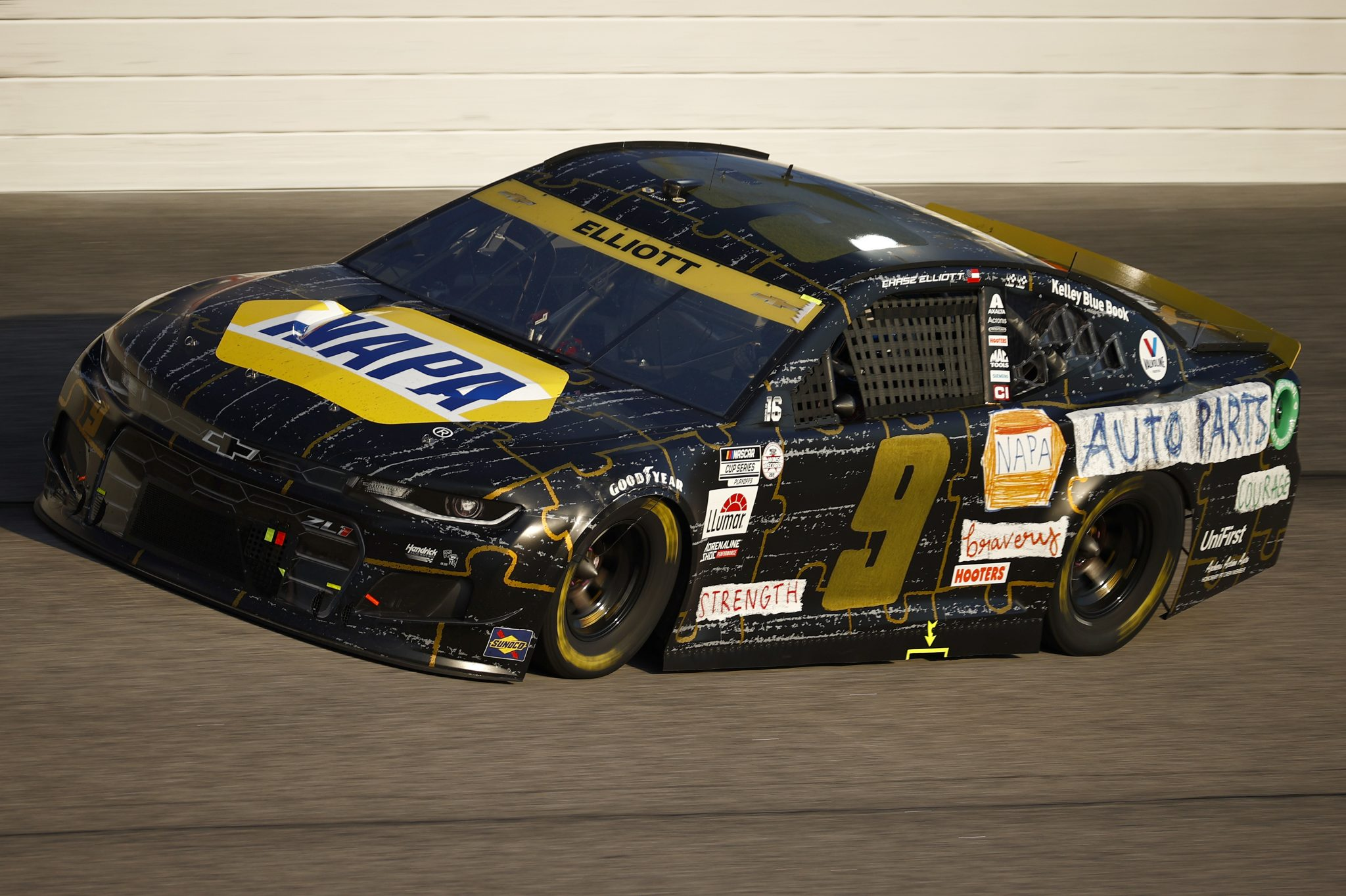 DARLINGTON, SOUTH CAROLINA - SEPTEMBER 05: Chase Elliott, driver of the #9 NAPA/Children's Chevrolet, drives during the NASCAR Cup Series Cook Out Southern 500 at Darlington Raceway on September 05, 2021 in Darlington, South Carolina. (Photo by Jared C. Tilton/Getty Images)   Getty Images